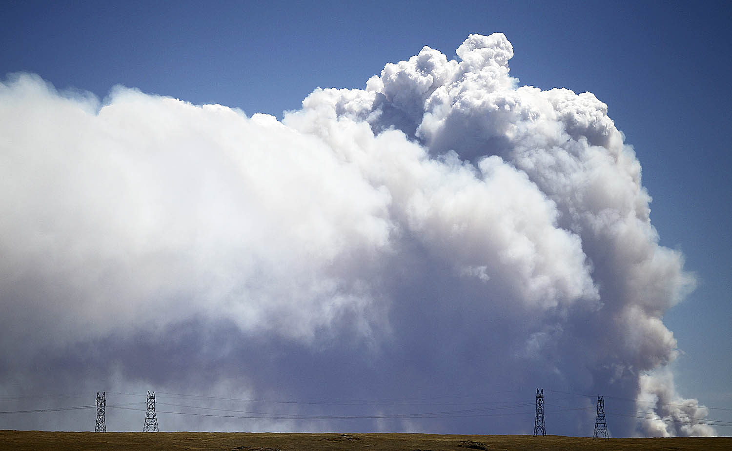essay on pollution for class 6th Global warming, (in class essay) the cause is a thickening layer of carbon dioxide pollution, mostly from power plants and cars that traps heat in the atmosphere.