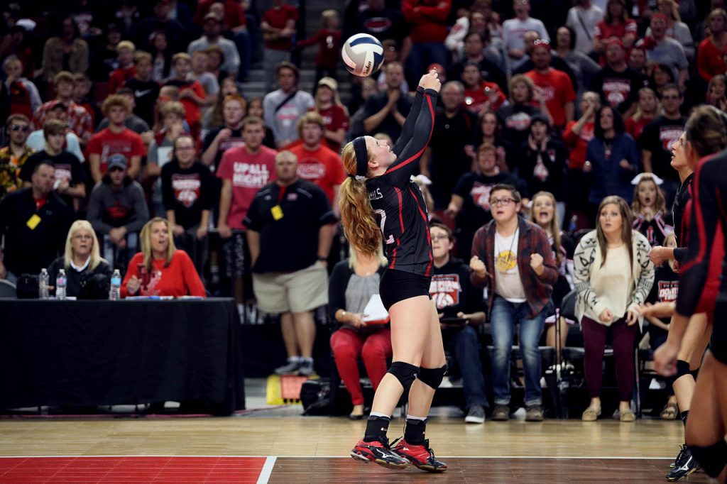 Doniphan-Trumbull sophomore Maddie Fitch against Diller Odell during round two of the Class C2 2016 NSAA State Volleyball Championships at the Pinnacle Bank Arena Friday. (Independent/Andrew Carpenean)