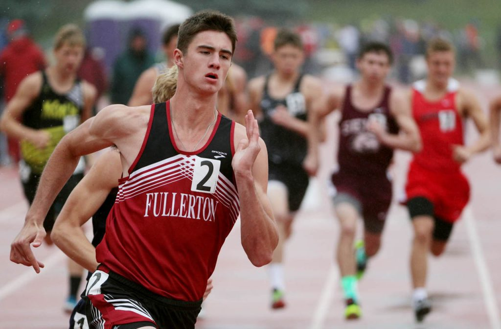 Fullerton's Brent Wetovick takes a quick lead in the boy's Class D 800-meter run during the Nebraska State Track & Field Meet at Omaha Burke Stadium.